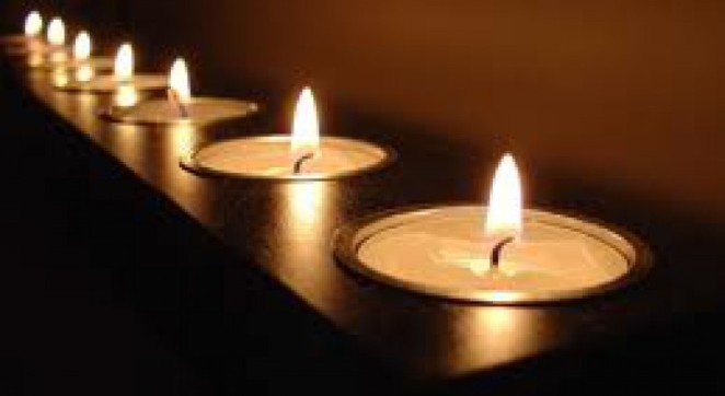 cropped-images-candles.jpg